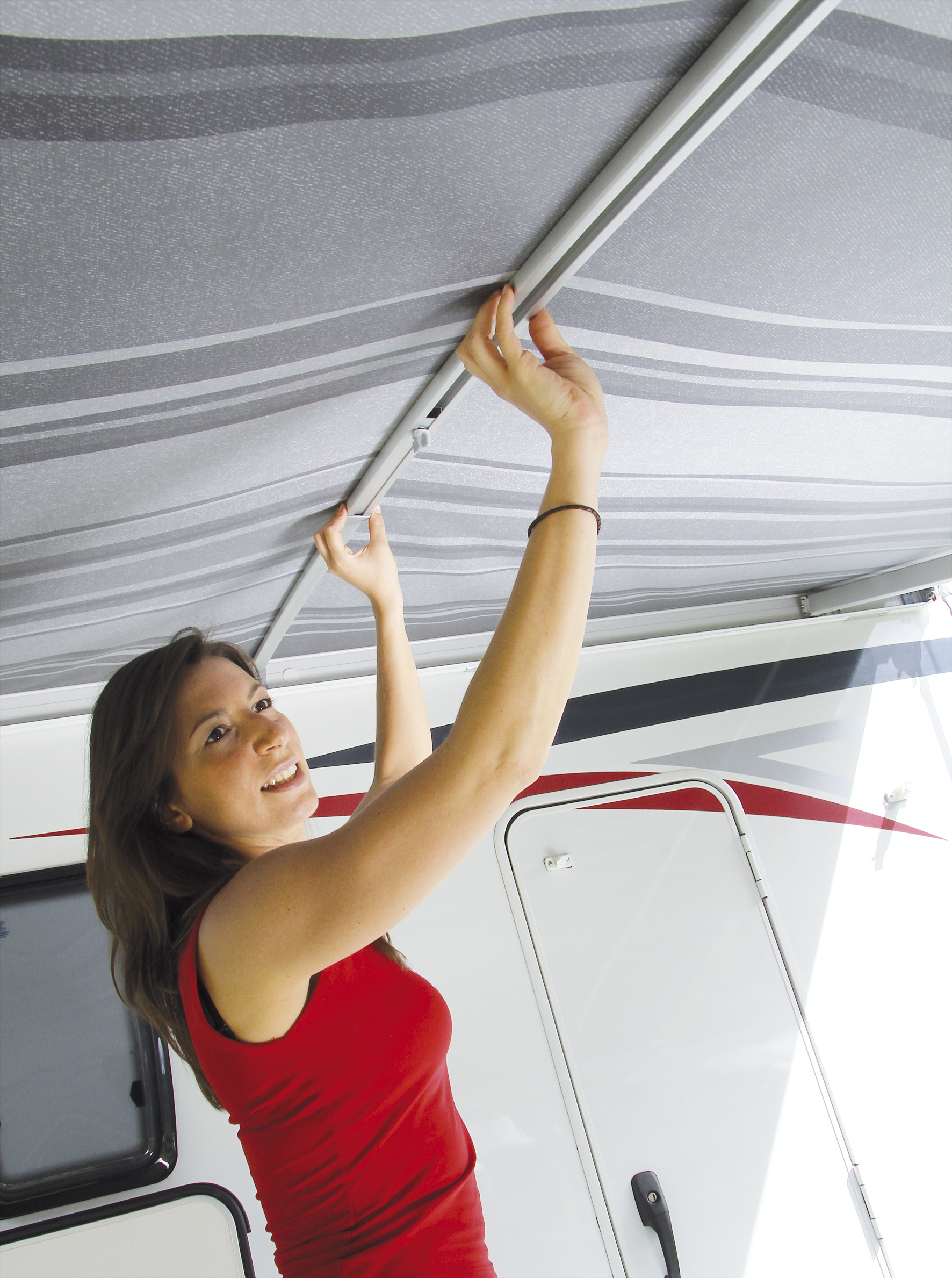 Fiamma Curved Centre Rafter Pro. 03616A01 - Click to enlarge picture.